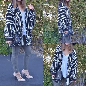 Love by Design long sleeve sweater cardigan black